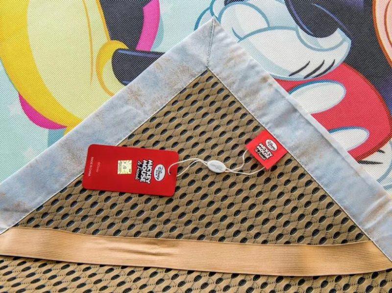 迪士尼正品凉席 带镭射防伪标签 汉方水洗凉席 汽车款